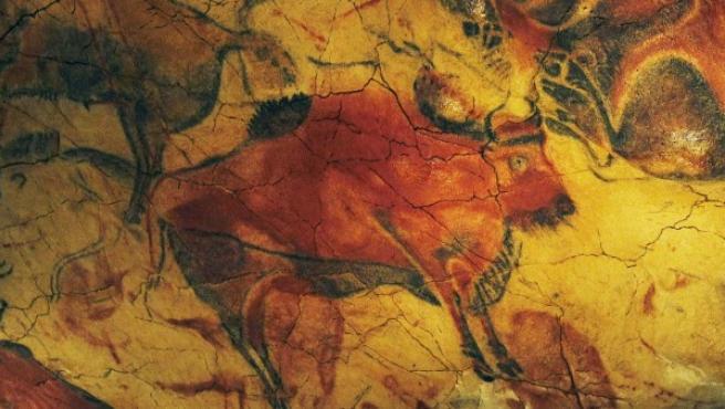 Pinturas rupestres de hasta 20.000 años de antigüedad en el interior de las cuevas de Altamira.