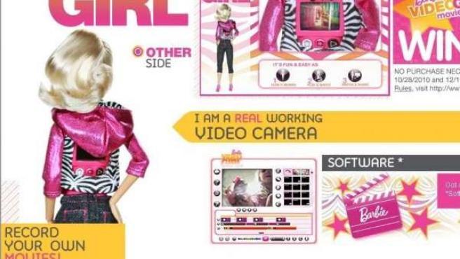 La Barbie Video Girl graba vídeos (de hasta 30 minutos) que pueden descargarse al ordenador.