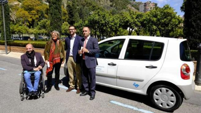 Raúl López, Teresa Porras y Mario Cortés, sistema compartir coches municipales
