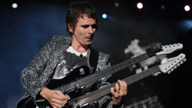 Matthew Bellamy, de Muse, durante una actuación en el Rock in Rio de Lisboa.