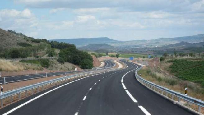 Carretera de La Rioja sin tráfico