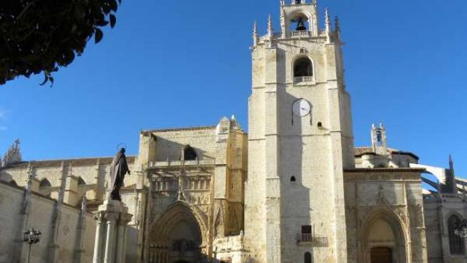 Vista exterior de la Catedral de Palencia