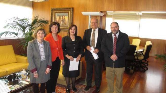 Acuerdo entre el TSJN y el Colegio de Psicólogos de Navarra.