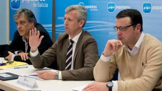 O secretario xeral do PPdeG, Alfonso Rueda Valenzuela, preside a reunión do comi