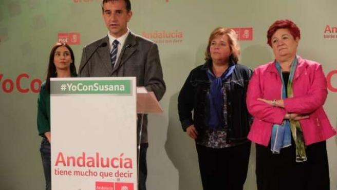 Manuel Vidal y María Ángeles Blanco en rueda de prensa