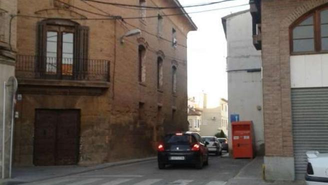 Estrechamiento entre la plaza La Litera y la travesía Arrabal.