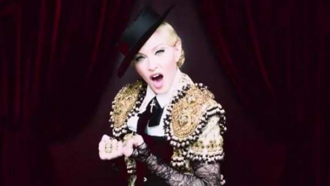 Madonna en su nuevo vídeo.