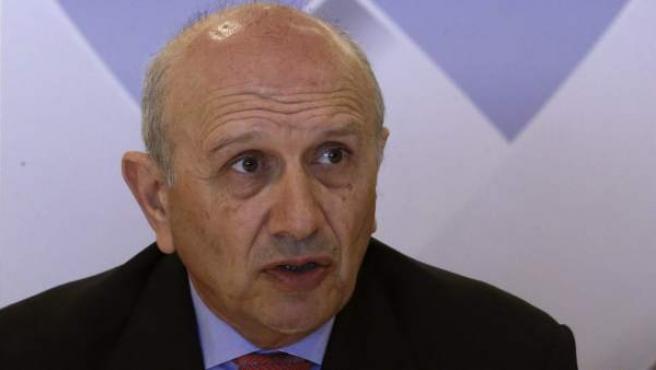 El presidente del Consejo General de Enfermería, Máximo González Jurado