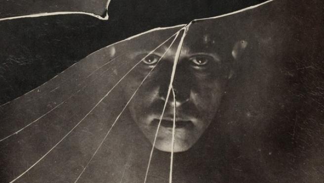 Los autorretratos del polaco Witkiewicz son visiones de una psique rota