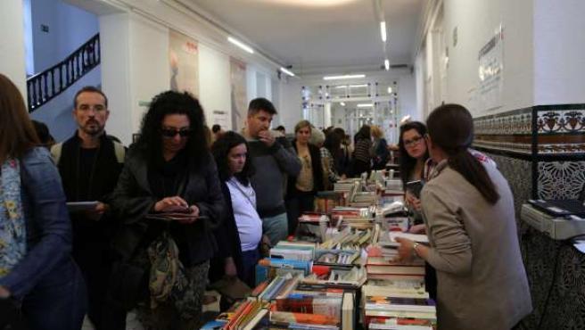 Asistentes en La Térmica a 'Málaga 451: la noche de los libros'