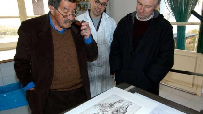 Günter Grass en su visita a Fuendetodos en 2004
