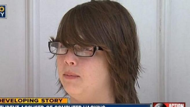 Imagen del joven de 14 años Domanik Green, acusado de un ciberdelito por acceder con la contraseña de un profesor a un ordenador de la escuela y cambiar el fondo de escritorio.