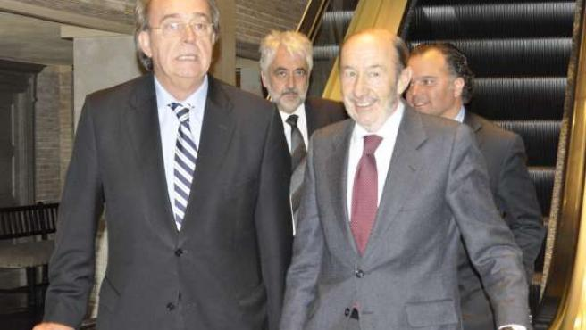 Alfredo Pérez Rubalcaba y Carlos Pérez Anadón (PSOE).