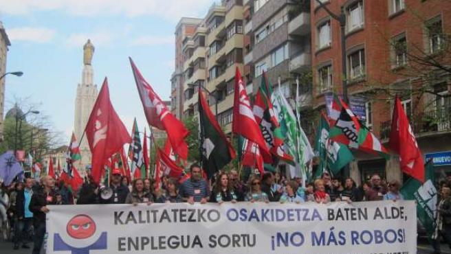 Manifestación de los sindicatos de Osakidetza en Bilbao