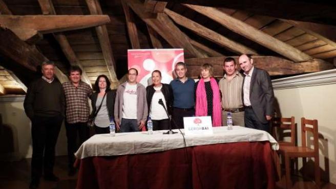 Barkos y Ayerdi junto a los candidatos de Baztán