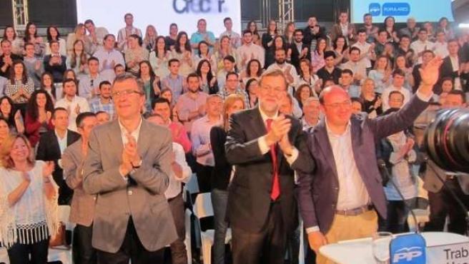 Pedro Antonio Sánchez junto a Rajoy y Ballesta
