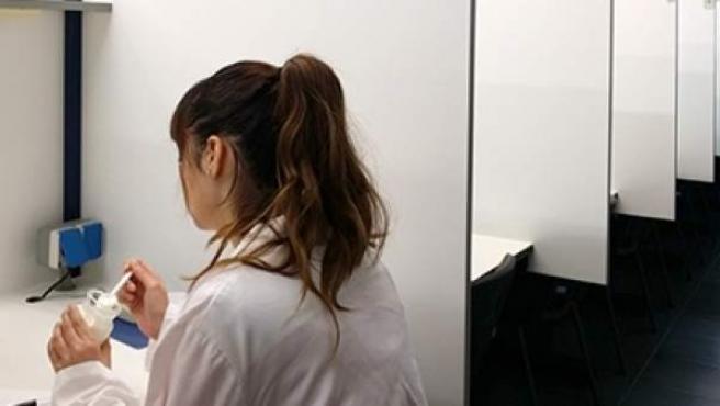 Pruebas sensoriales realizadas con el nuevo yogur en la Sala de Catas del Instituto de Agroquímica y Tecnología de Alimentos (CSIC).