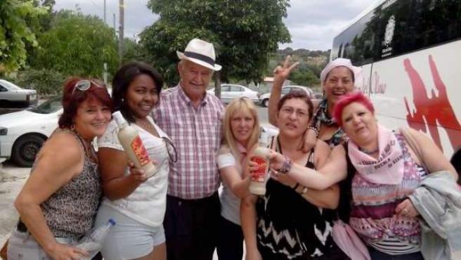 Varios participantes de la 'caravana de mujeres'.
