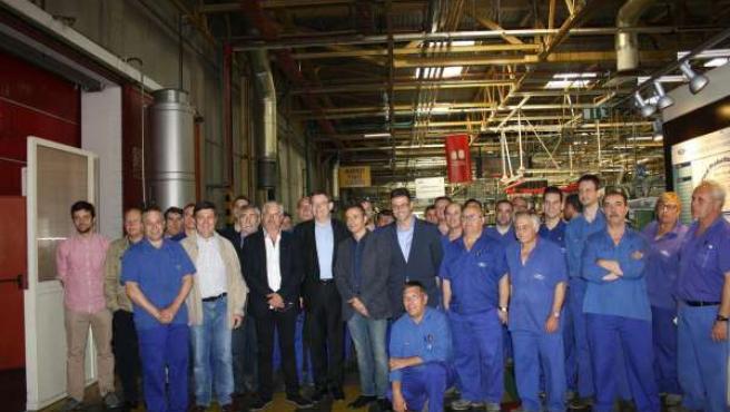 Ximo Puig en la factoría de Ford en Almussafes