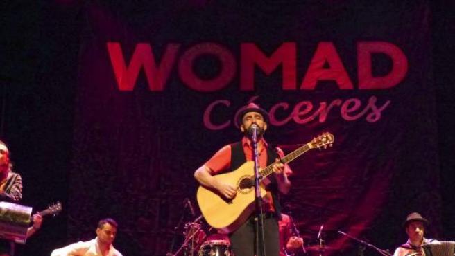 El grupo madrileño El Zurzo en una actuación del festival WOMAD Cáceres 2015.