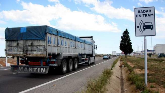 Una señal en la N-340 indica que la velocidad está controlada por radares por tramo.