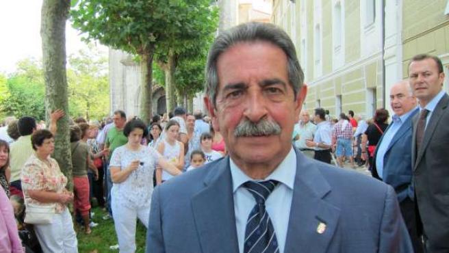 Miguel Ángel Revilla, Líder Del PRC