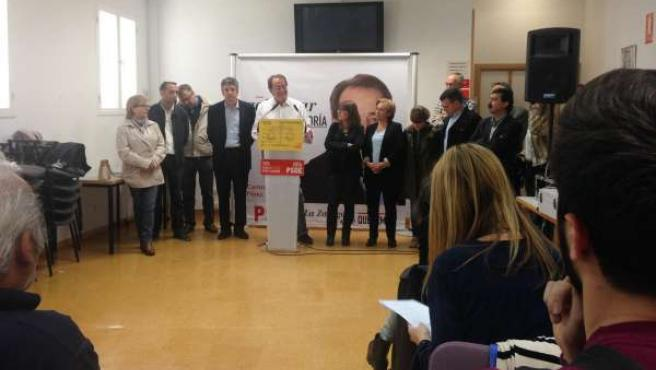 El candidato del PSOE a la Alcaldía, Carlos Pérez Anadón