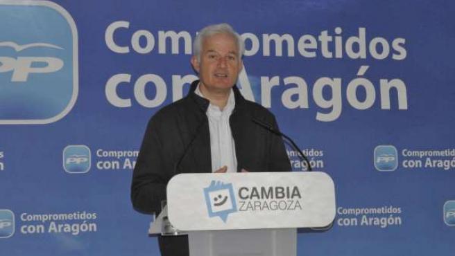 El candidato del PP a la alcaldía de Zaragoza, Eloy Suárez.