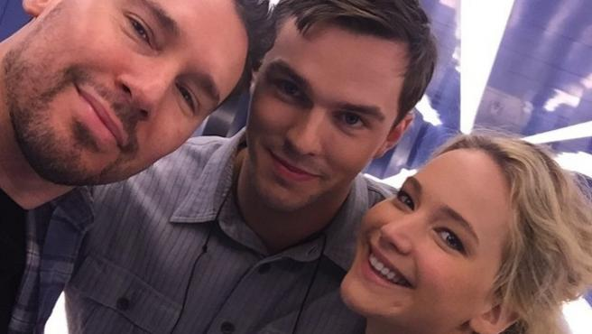 'X-Men: Apocalypse': Jennifer Lawrence y Nicholas Hoult llegan al rodaje