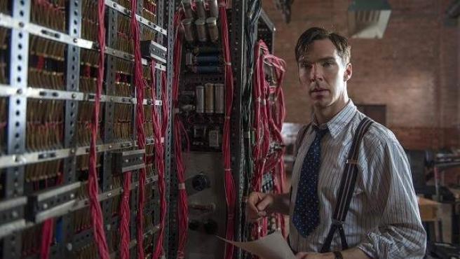 El actor británico Benedict Cumberbatch en una escena de 'The Imitation Game'.