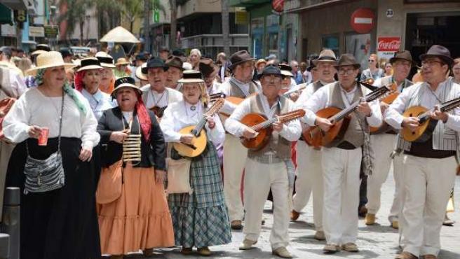 VII Paseo Romero Día De Canarias