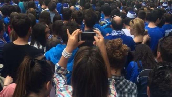 Seguidores viendo el partido