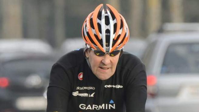 El secretario de Estado de EE UU, John Kerry, en una imagen subido a una bicicleta del pasado mes de marzo.