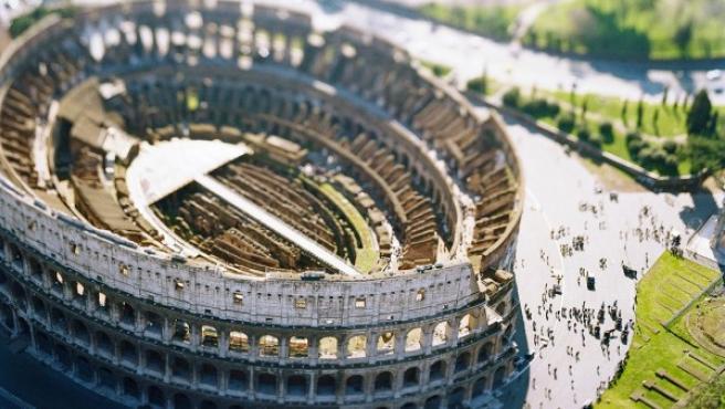 El Coliseo de Roma en una foto con 'efecto maqueta' de Olivo Barbieri