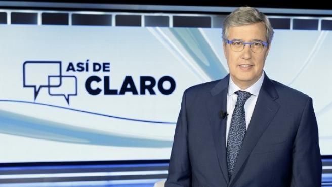 Ernesto Sáenz de Buruaga en el plató de 'Así de claro'.