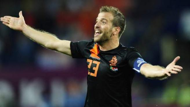 <p>Van der Vaart en un partido con la selección de Holanda. </p>
