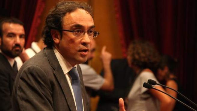 El diputado de CiU y coordinador general de CDC, Josep Rull, durante una intervención en el Parlamento catalán.