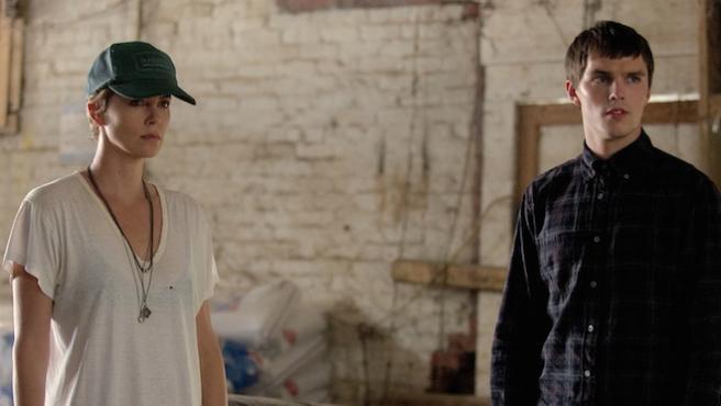'Dark Places': Nuevo tráiler con Charlize Theron y Nicholas Hoult