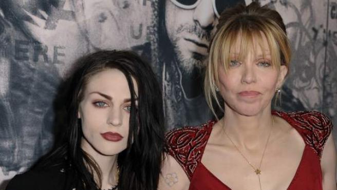 Courtney Love y su hija Frances Cobain en el estreno del documental 'Kurt Cobain: Montage of Heck'.