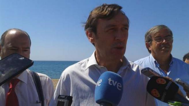Hernando, en declaraciones a los periodistas en Almería