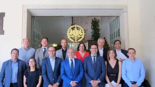 Foto de familia del nuevo equipo de Gobierno de la Diputación de Valladolid
