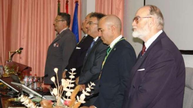 Dos profesores de la UHU, miembros de la Academia Andaluza de Historia.