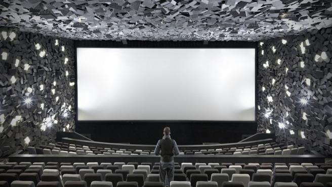 El cine Exploded (Wuhan-China) fue diseñado por el estudio One Plus de Hong Kong emulando en la decoración a las películas de desastres