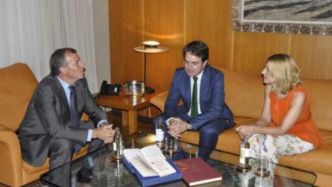 Bermúdez de Castro y Vaquero (PP) con Antonio Cosculluela.
