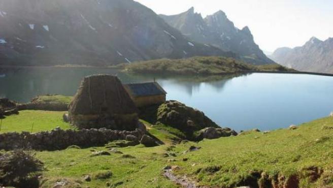 Un lago en el Parque Natural de Somiedo.