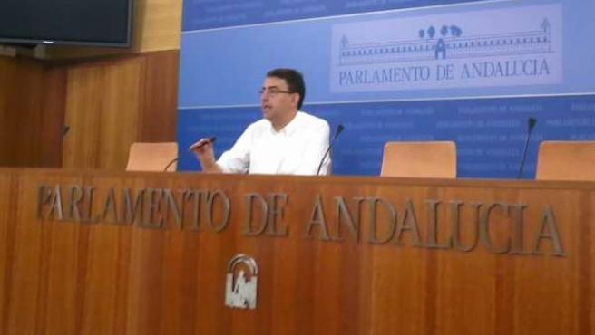 Mario Jiménez, este miércoles en rueda de prensa.