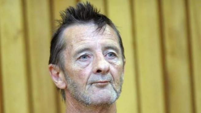 El exbatería de AC/DC, Phil Rudd, durante su juicio.