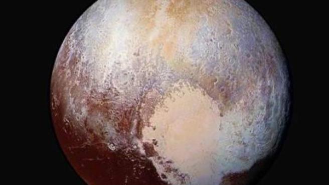 Imagen de Plutón difundida por la NASA