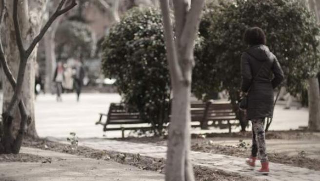 Una víctima de la explotación sexual, en la captura de un vídeo de la Policía Nacional.