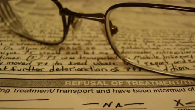 Un documento de voluntades anticipadas en el que el paciente expone cuál es la atención médica que quiere recibir al final de su vida.